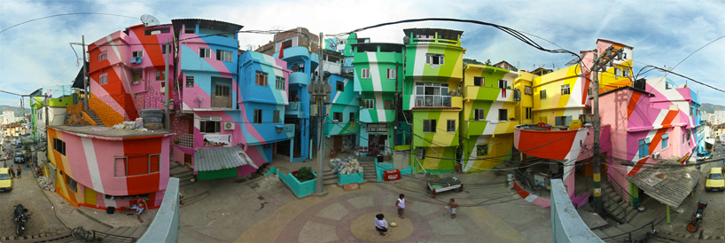 favela-painting-by-haas-hahn-1